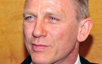 Daniel Craig Bond Haircut Pictures In Casino Royale, Skyfall, Quantum of Solace