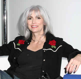Emmylou Harris Hairstyle 2017 Hair Color0010