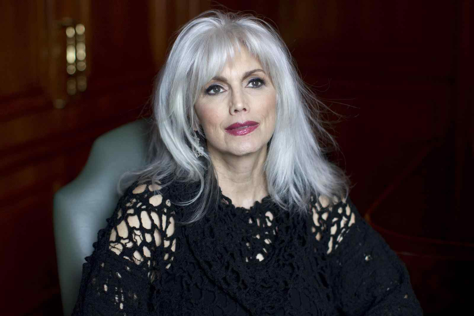 Emmylou Harris Hairstyle 2017 Hair Color0011