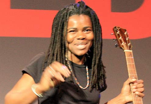 Tracy Chapman Haircut 2017