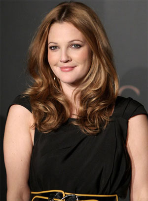 Drew Barrymore hairstyles 2017 and Hair color 09
