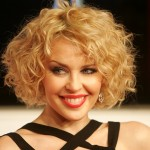 Short Hairstyles For Curly Hair Round Face 05