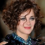 Short Hairstyles For Curly Hair Round Face 11