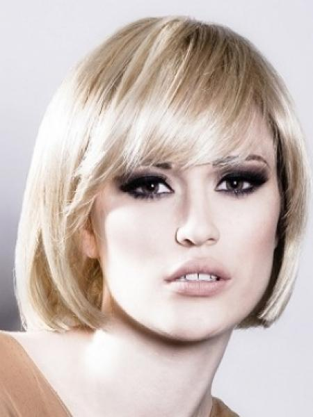 Short Hairstyles For Oval Faces 2019 Over 40 50