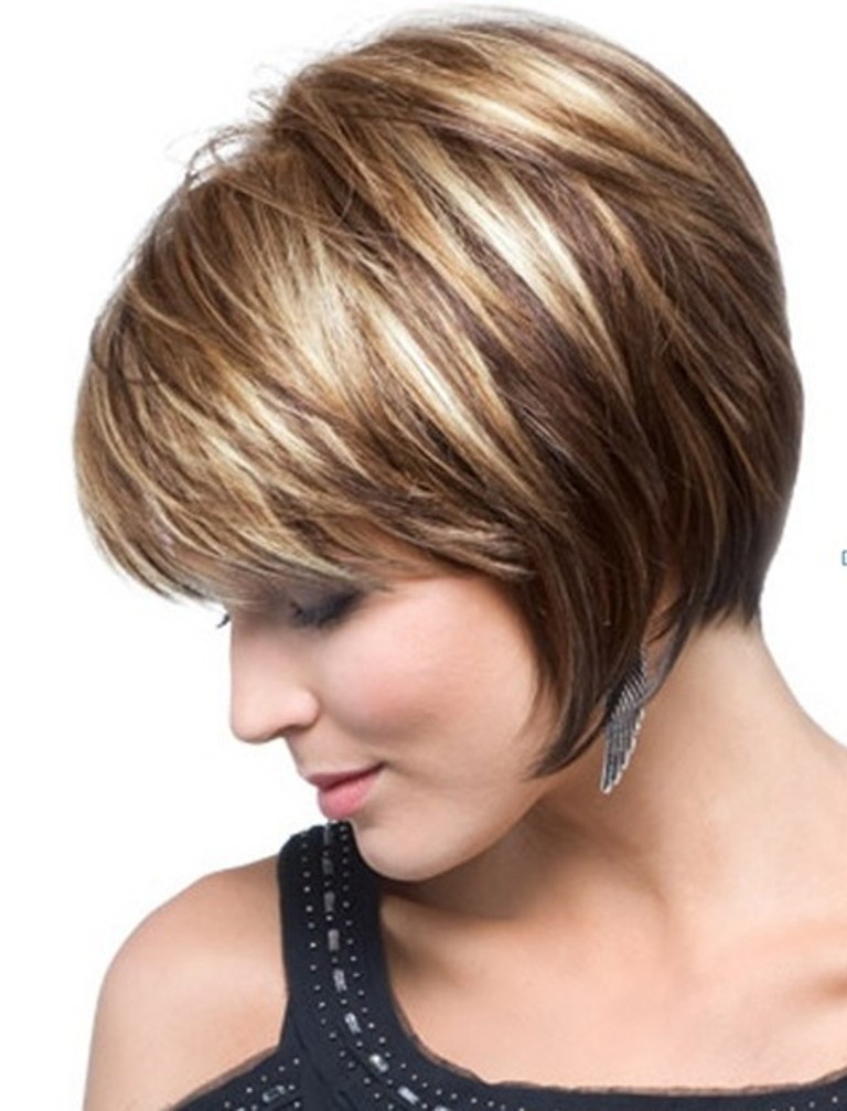 Short Bob Hairstyles 2017 With Bangs 009