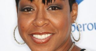 Tichina Arnold Short Hairstyles Pictures009