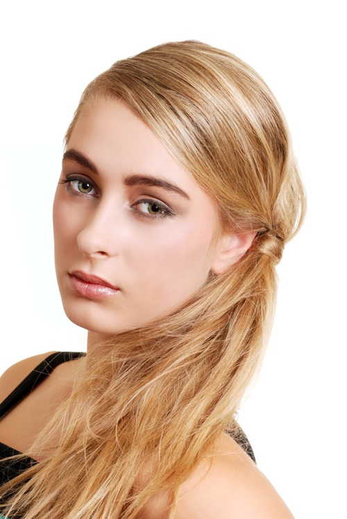 Easy Side Ponytail Hairstyles For Long Hair 0011