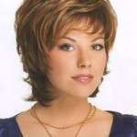 Low Maintenance Short Haircuts For Wavy Hair 03