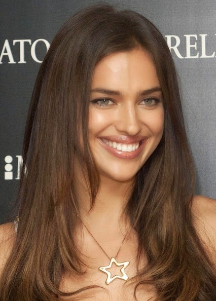 Irina Shayk hairstyle 2017 Hair color 4