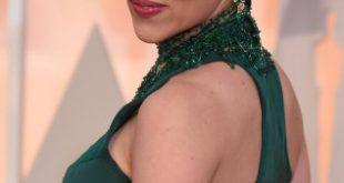 Scarlett Johansson haircut 2017 and natural hair color 0Scarlett Johansson haircut 2016 and natural hair color 0