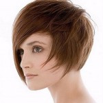 short haircuts with side bangs for round faces 03