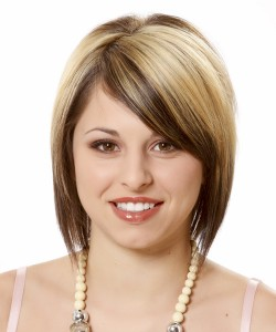 short haircuts with side bangs for round faces 3
