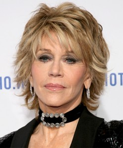 Short Haircuts For Thick Wavy Hair Over 50 01