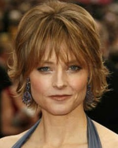 Short Haircuts For Thick Wavy Hair Over 50 6