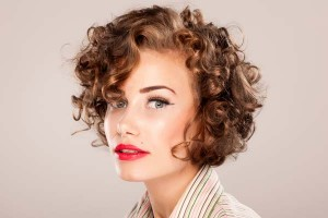Short haircuts for thick curly hair and long face 4