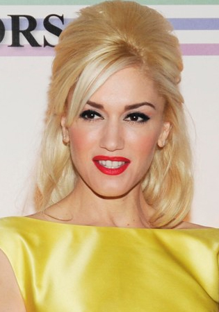Gwen Stefani Half Up Half Down Hairstyles