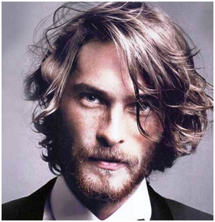 Men layered hairstyle and haircut