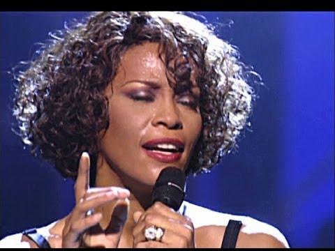 Whitney Houston Short wave Curly Hairtsyle