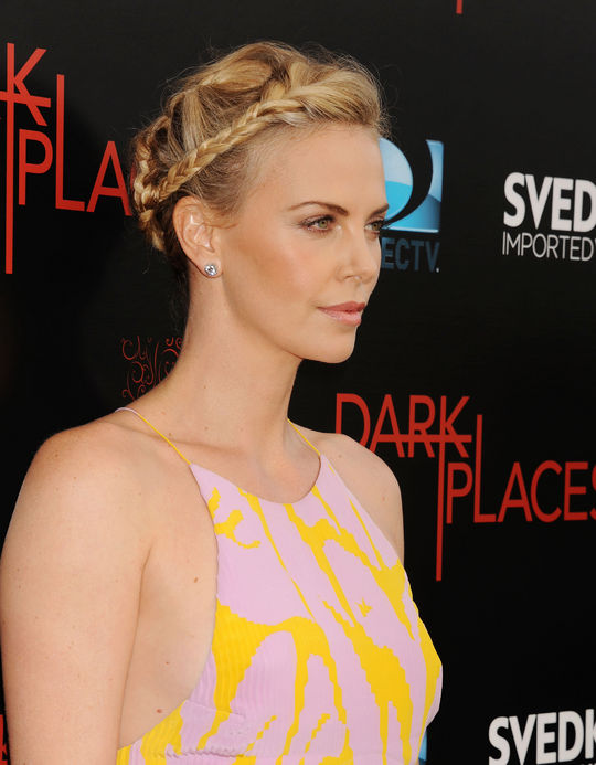 Charlize Theron New Hairstyle