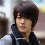 Korean and Japanese Hairstyles For Men 2018