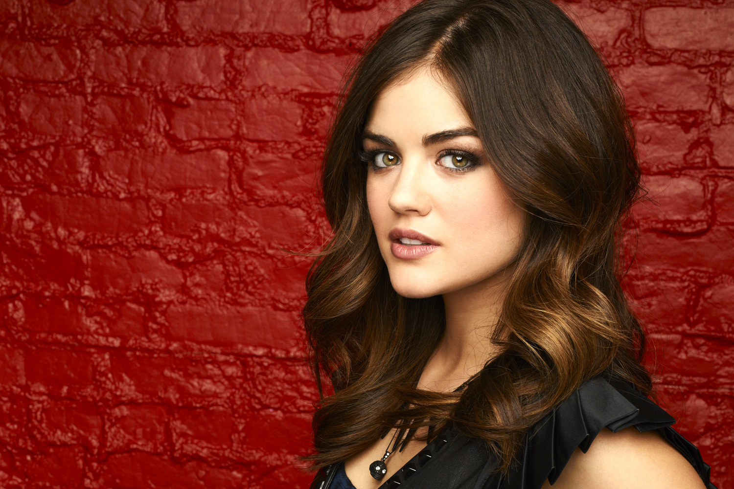 Lucy Hale Haircut 2017 And Hair Color Pictures