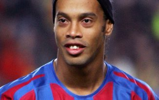 Ronaldinho New Haircut 2021 Pictures