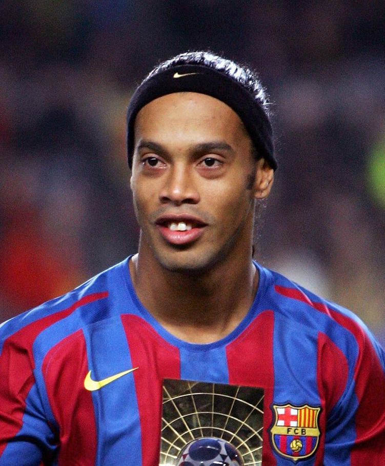 Ronaldinho New Haircut 2020 Pictures