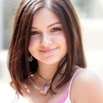 Ariel Winter New, Latest, Long, Short Hairstyles Pictures