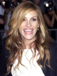 Julia Roberts Latest Short, Updo, Curly Hairstyles Pictures