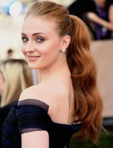 Sophie Turner New Comic Con Hairstyles Pictures