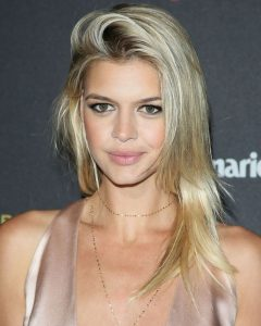 Kelly Rohrbach New, Long, Layered Cut Hairstyles Pictures