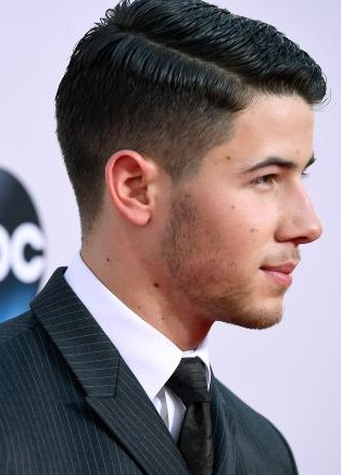 Nick Jonas New Hairstyle 2019 Pictures