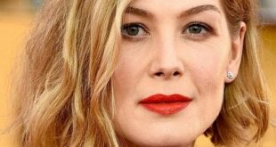 Rosamund Pike Latest, Short, Bob Hairstyles Pictures