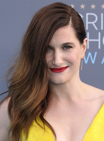 Kathryn Hahn Long, Straight, Casual, Messy Hairstyle Pictures