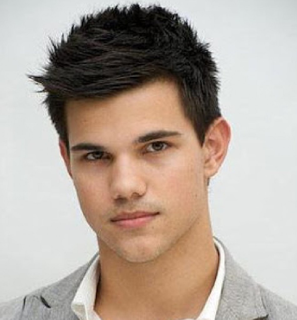 Men's Hairstyle Trends 2019 Ceaser Cutting