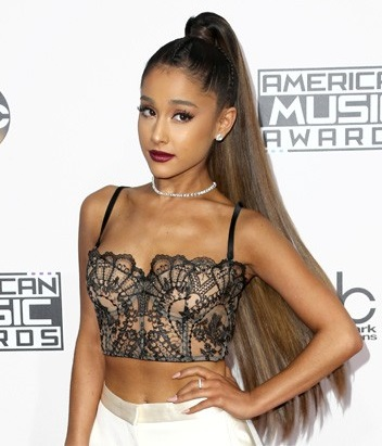 Ariana Grande Cornrow Ponytail Hairstyle 2016 In AMA Awards