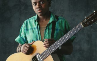 Tracy Chapman Haircut 2021 Pictures