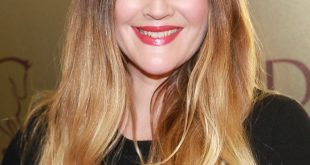 Drew Barrymore hairstyles 2020 and Hair color 01
