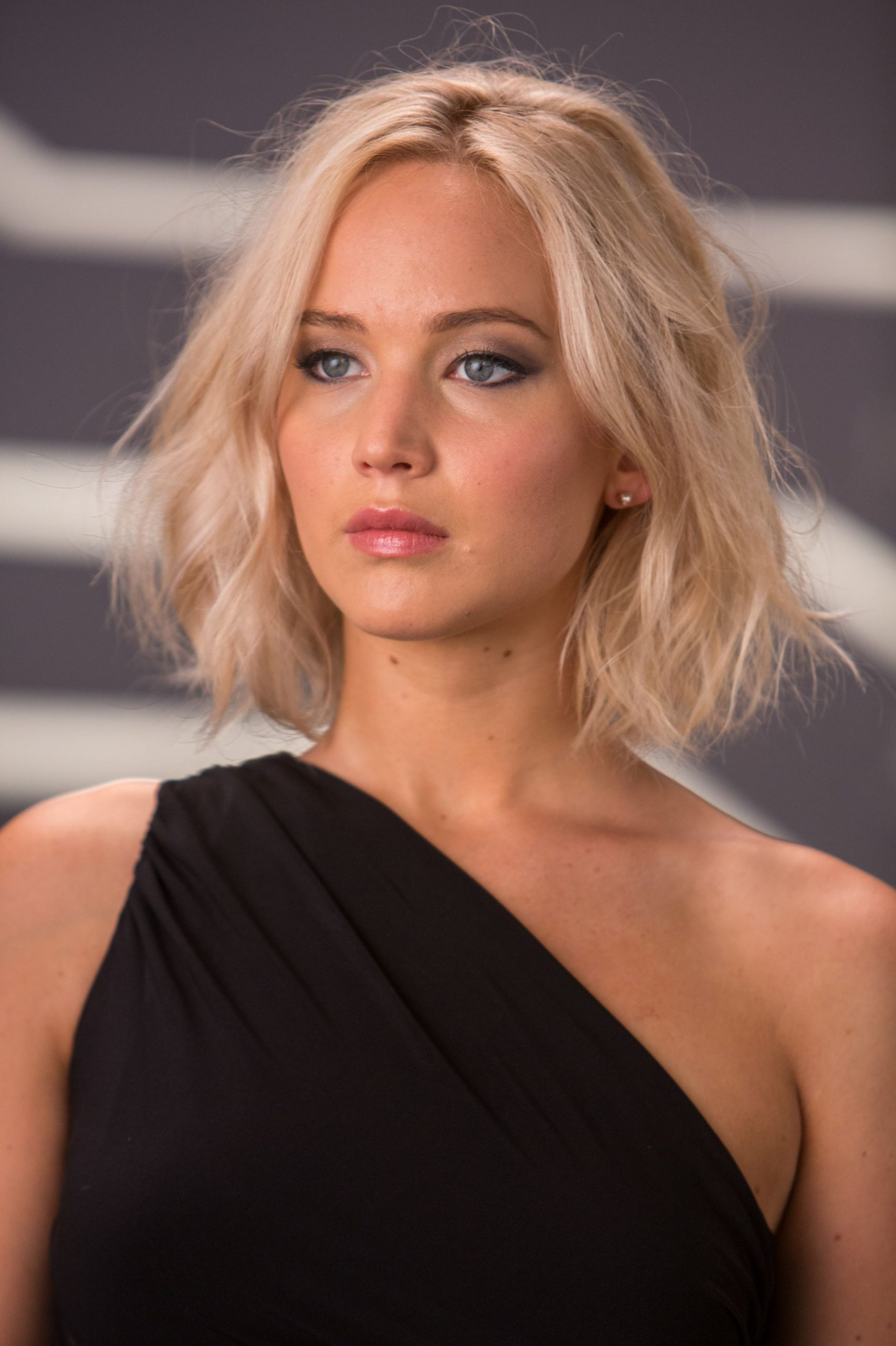 Jennifer Lawrence Haircut 2020 009