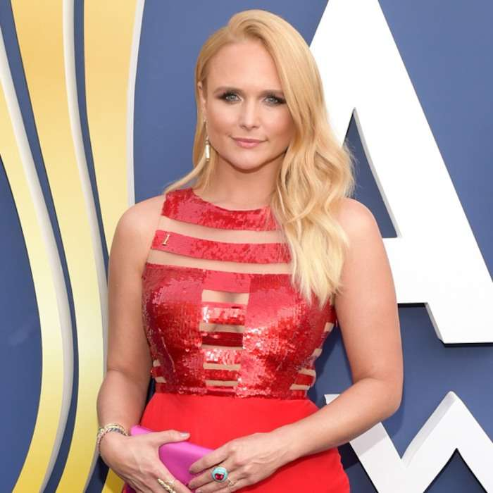 Miranda Lambert New Short Haircut 2018 at Country Music Award