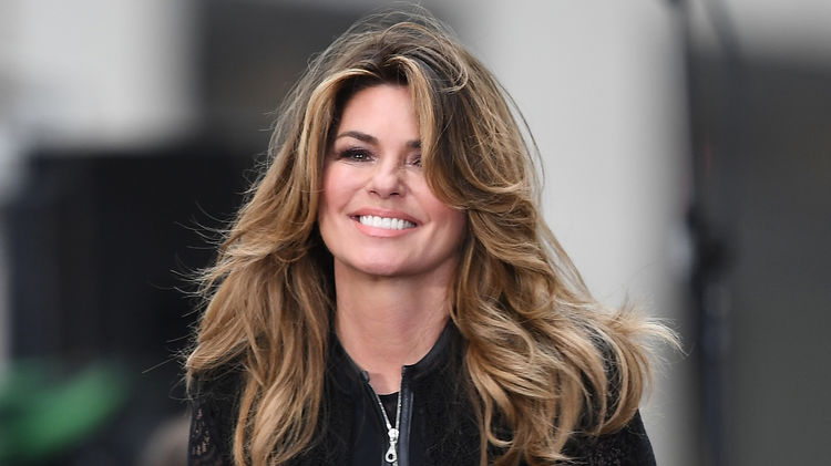 Shania Twain New Hairstyle 2018 Colors