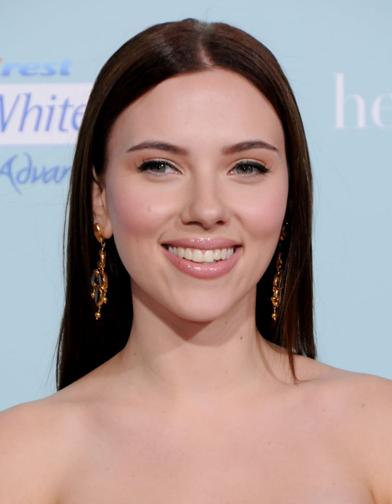 Scarlett Johansson haircut 2020 and natural hair color 9