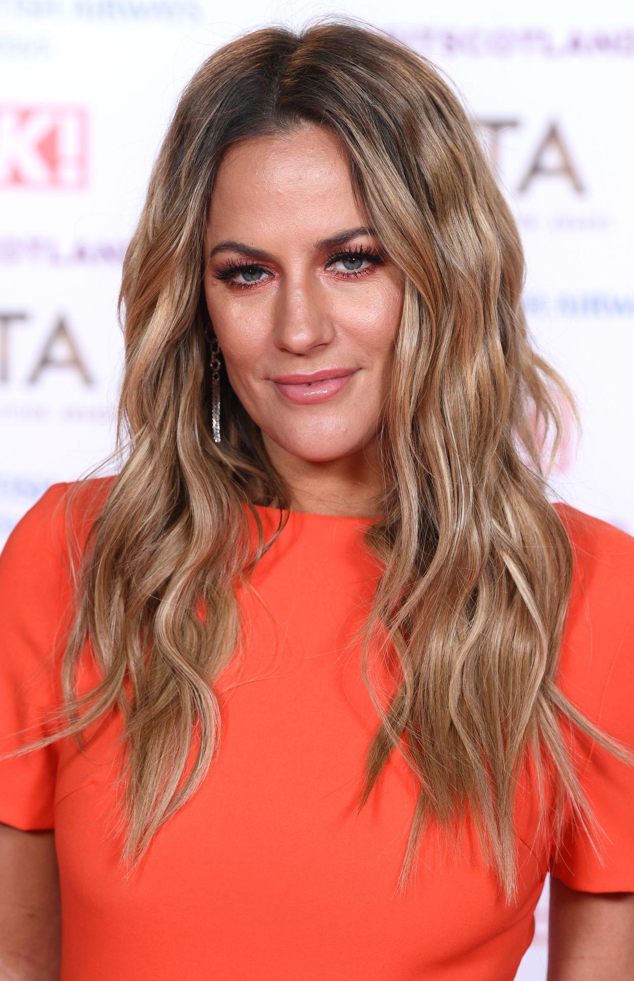 Caroline Flack Hairstyle 2020 Blonde Hair 5